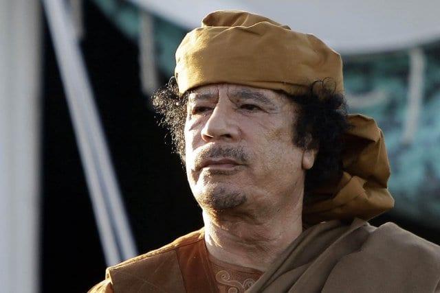 393984-libye-mouammar-kadhafi-investi-infrastructures
