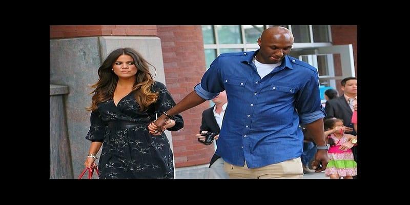 Khloe-Kardashian-et-Lamar-Odom-a-l-ecole-de-leur-fille-Destiny-a-New-York-le-20-juin-2012_exact1024x768_l