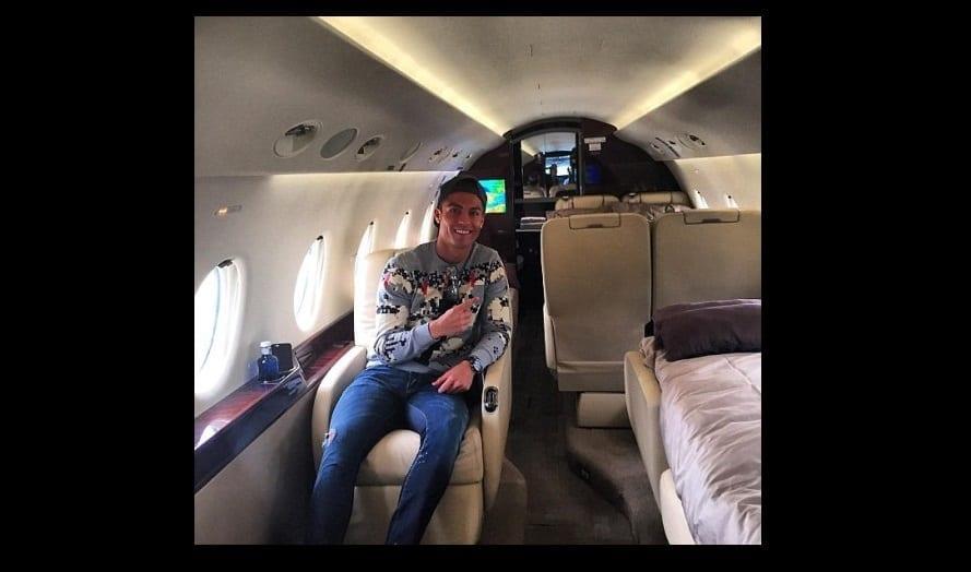 Cristiano Ronaldo Nous Fait Voir Quoi Ressemble L Int Rieur D 39 Un Jet Priv De Luxe Photo
