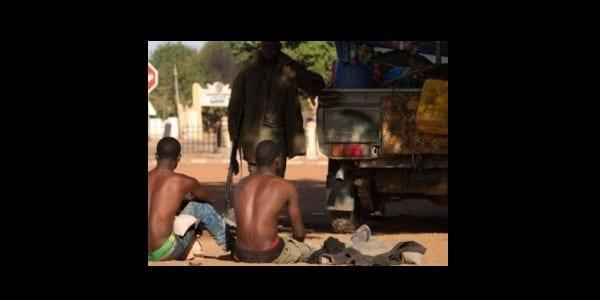 armee-malienne-soldat-militaire-fama-arrestation-groupe-terroriste-islamiste-bandits-armee-voleur-mujao-boko-haram-300x225