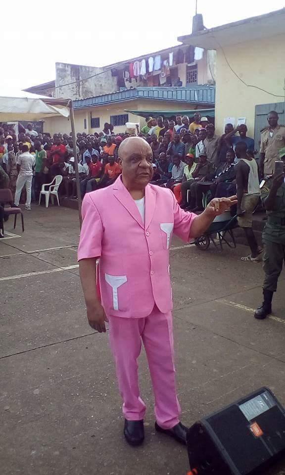 Cameroun: Gervais Mendo Ze organise des concerts de musiques religieuses à la prison de Kondengui