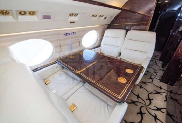 Floyd Mayweather s'achète son deuxième jet privé, et c'est du lourd: PHOTO