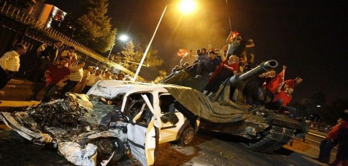 Char-repris-aux-rebelles-a-Ankara