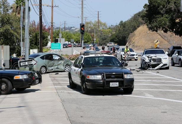Kris Jenner impliqué dans un accident de voiture avec sa Rolls-Royce (Photos)