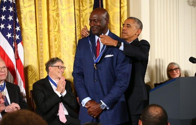 Vidéo-USA: Barack Obama fait pleurer Michael Jordan...La raison
