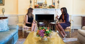111116-news-melania-and-michelle-meet