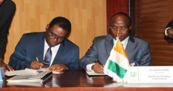 deux-accords-de-pret-signes-pour-le-financement-de-projets-dinfrastructures-en-cote-divoire-620x400