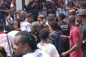 Côte d'Ivoire: l'artiste DJ Abobolais enterré...puis déterré. La raison!