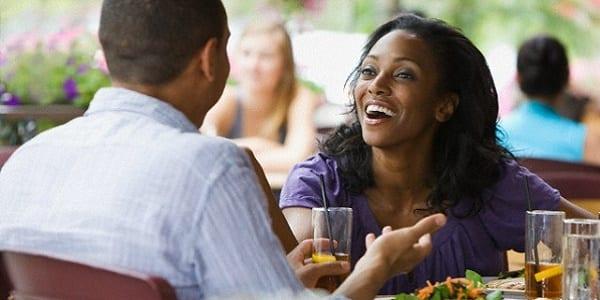 Voilà cinq choses simples qu'un homme attend d'une femme dans un couple