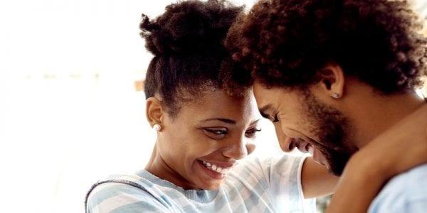 Couple: 9 messages d'amour à dire au réveil à votre partenaire