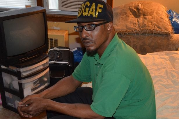 """""""Je ne vis que d'eau"""". La confession émouvante du fils unique de Mohamed Ali"""