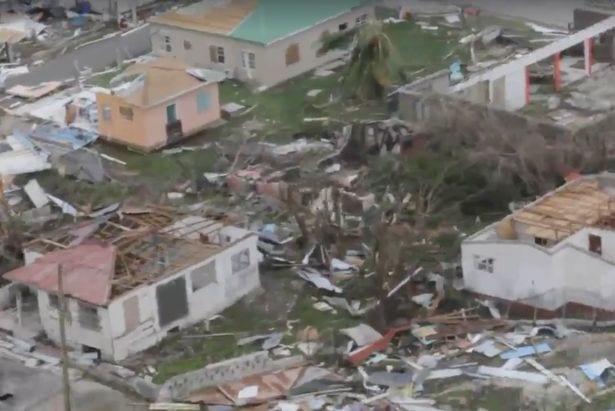 Irma: Macron partira lundi soir pour Saint-Martin
