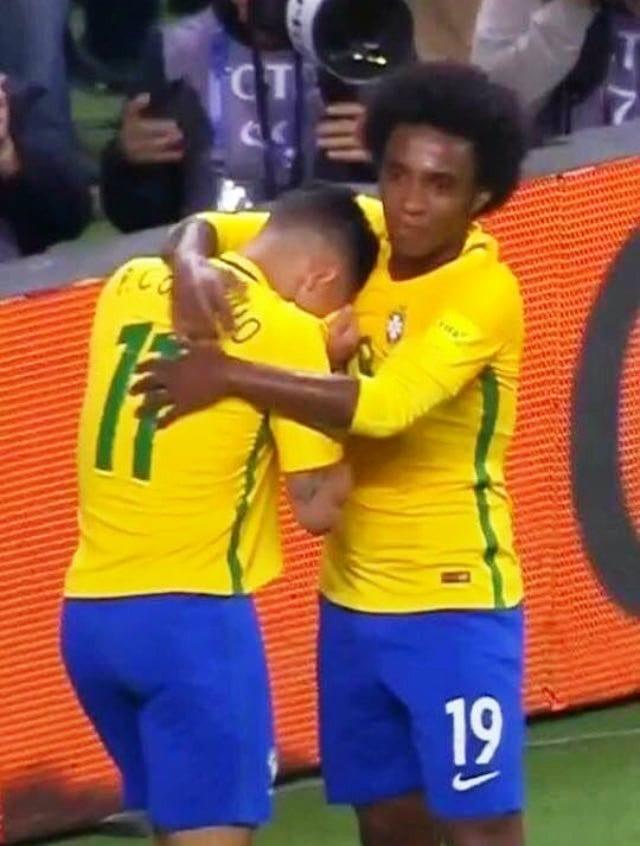 Qualifications au Mondial 2018: Coutinho fond en larmes après avoir marqué contre l'Equateur...la raison. photo