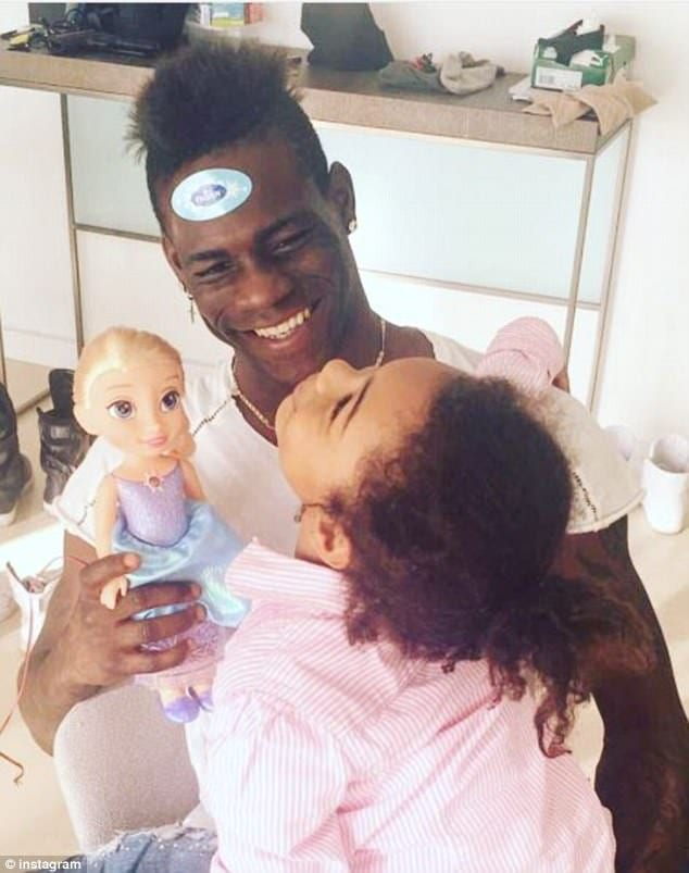 Mario Balotelli accueille son deuxième enfant en lui donnant un prénom animal