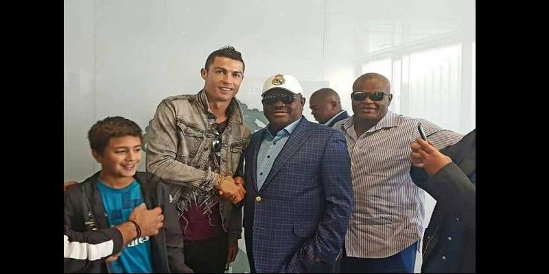 Cristiano Ronaldo et Sergio Ramos en mission au Nigeria...La raison!(photos)