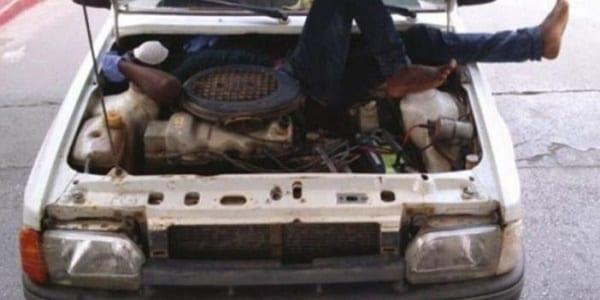Clandestin-guinéen-moteur-e1434062507359