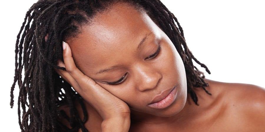 femme-africaine-triste