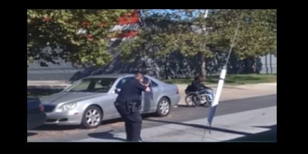 usa-un-homme-noir-en-fauteuil-roulant-abattu-par-la-police-americaine-video
