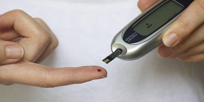 diabete-prise-sang-google