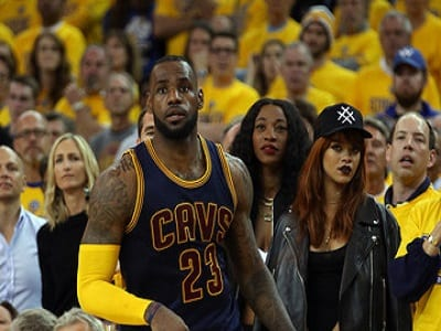 Rihanna intéressée par le basketteur LeBron James ?...Photos