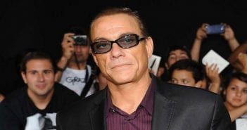 jcvd-en-colere_reference_article-20160729-141317-999