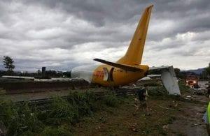 Italie/Vidéo : Un Boeing rate la piste d'atterrissage et termine sur une route…. Les raisons!