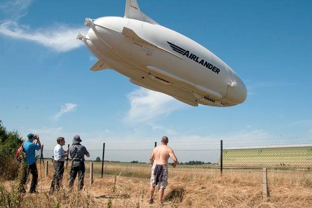Le plus gros aéronef au monde endommagé lors d'un vol d'essai: PHOTOS