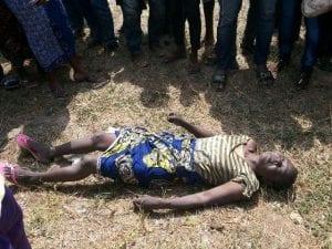 Découverte macabre du corps d'une dame sans vie dans une retenue d'eau (photo)
