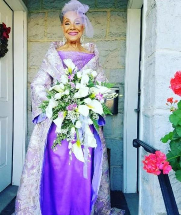 A 86 ans, elle montre qu'il n'y a pas d'âge pour tomber amoureux et se marier