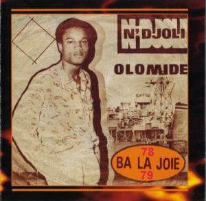 Vidéo: Alpha Blondy traite Blaise Compaoré de prisonnier en plein air et répond à Koffi Olomidé