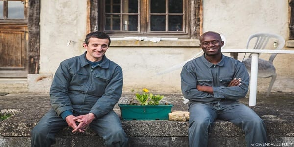 Entrepreneuriat : A 28 ans ce jeune béninois industrialise et commercialise du « Dèguè » en Bretagne
