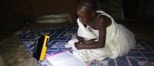 Le Burkina Faso inaugure sa première usine de lampes solaires (Vidéo)