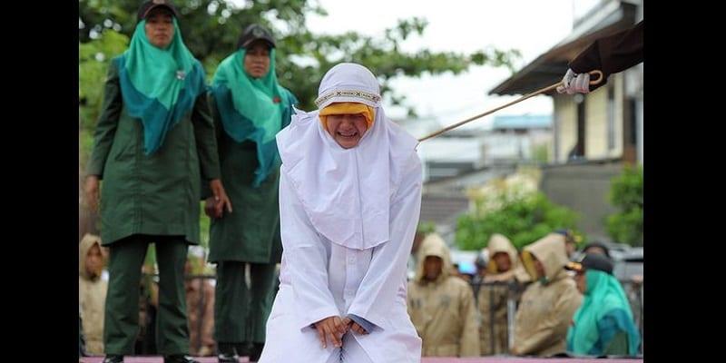 """Résultat de recherche d'images pour """"femmes fouettées dans les pays islamiques"""""""