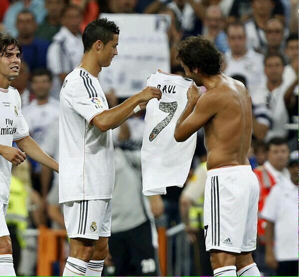 Découvrez le meilleur joueur de l'histoire de la liga,  ce n'est pas Messi et ni Cristiano Ronaldo