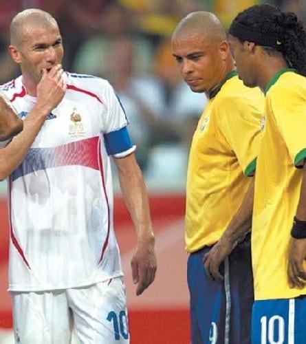 Ronaldinho on zidane