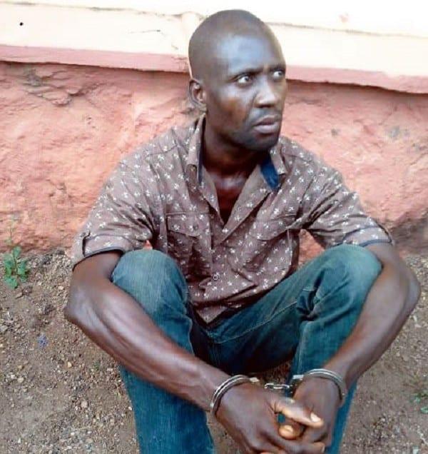 """""""J'ai tué ma mère parce qu'elle me demandait trop de rapports s3xuels"""", révèle cet homme de 33 ans"""