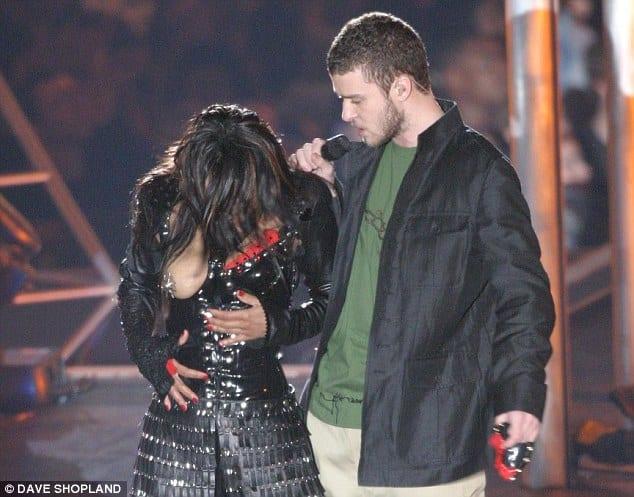 preuve que Janet Jackson serait secrètement devenue musulmane