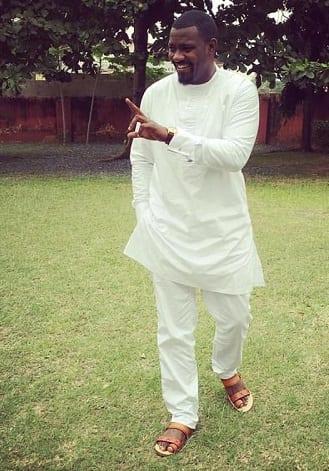 Messieurs, voici 6 Looks de l'acteur ghanéen John Dumelo à adopter pour faire plaisir à votre chérie