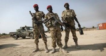 sud soudan soldats