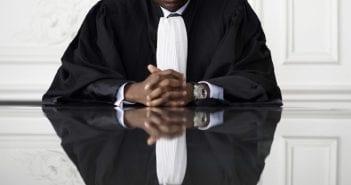 14310684-cet-entrepreneur-veut-uberiser-les-avocats
