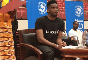 Cameroon: UNICEF Ambassador Samuel Eto'o shares a smile with children (Photos)
