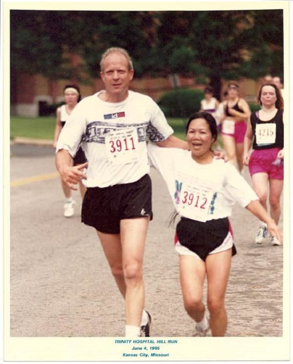 Chau Smith, la femme de 70 ans qui a couru 7 marathons sur 7 continents en 7 jours