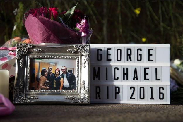 Décédé il y a trois mois : le chanteur George Michael a été inhumé