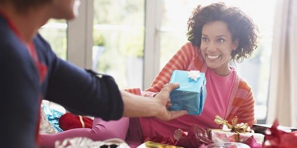 Relation: Mesdames, découvrez les cadeaux que les hommes aiment recevoir de leurs femmes