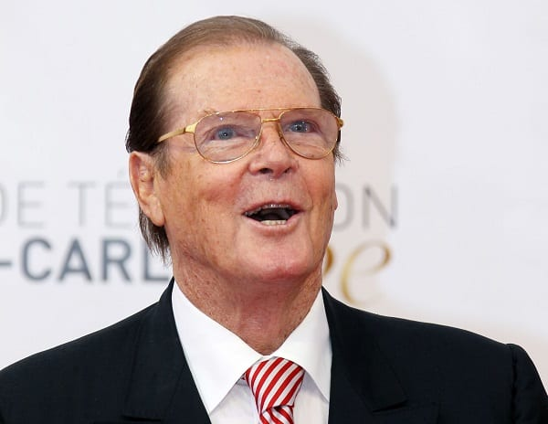 L'acteur incarnant James Bond, Sir Roger Moore meurt à 89 ans