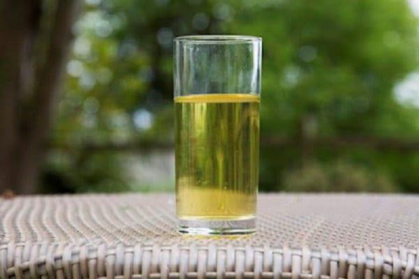 Découvrez Dave murphy, l'homme qui boit son urine pour rester en bonne santé