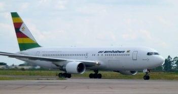 air zimbabwe airliner