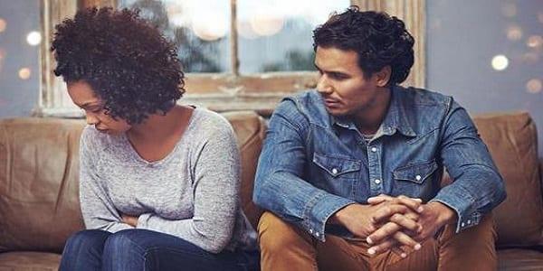 """Confidence: """"mon beau père menace de révéler à mon mari que je suis une ancienne pr*stituée..."""""""