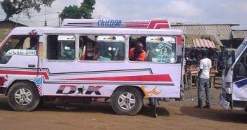 Abidjan-minicar-Gbaka