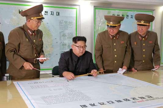 Corée du Nord: Kim Jong Un change de position sur son projet d'attaquer les Etats-Unis